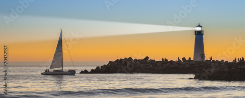Canvas Print Lighthouse at Ocean