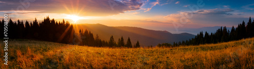 Panoramic view of the sunrise in the Tatra mountains #70508300