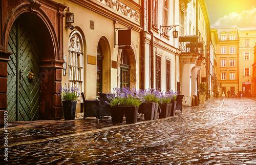 Fototapeta Kraków - historyczne centrum miasta po opadach na wymiar