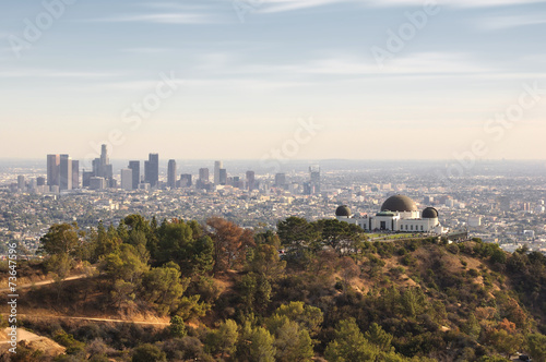 Fotografia, Obraz Los Angeles, California, USA downtown skyline from Griffith Park