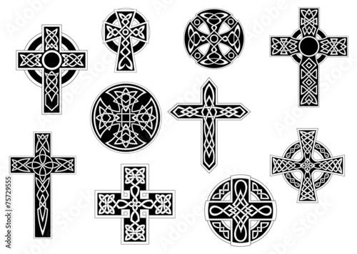 Foto Black and white decorative celtic crosses