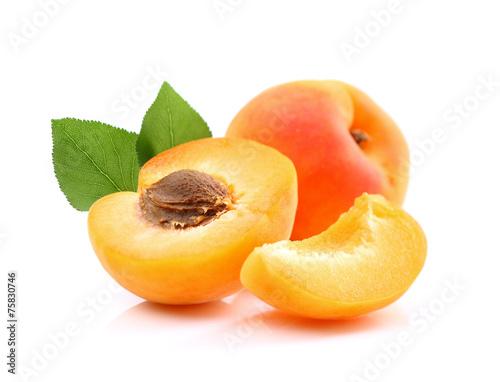 Fototapeta Ripe apricots with slice