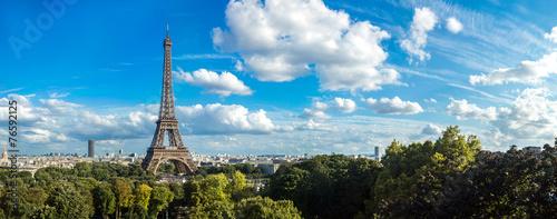 Obraz na plátne Eiffel Tower in Paris, France