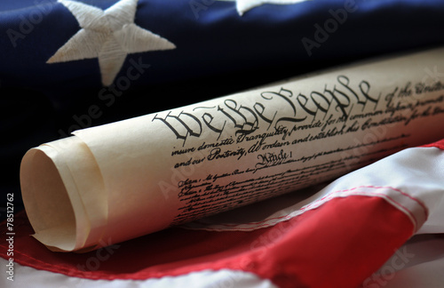 Tableau sur Toile We the people - U.S. Constitution and flag