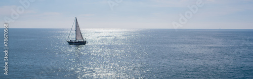 Fotografia Sail boat on beautiful day