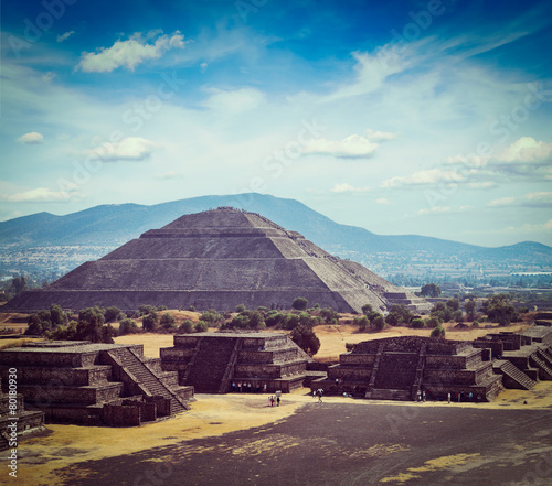 Teotihuacan Pyramids #80180930