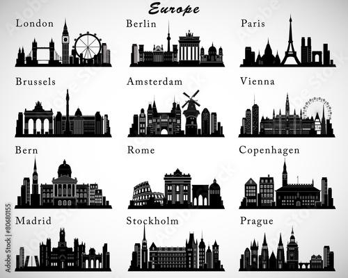 Fototapeta premium Zestaw sylwetki na tle nieba miast europejskich. Sylwetki wektorowe