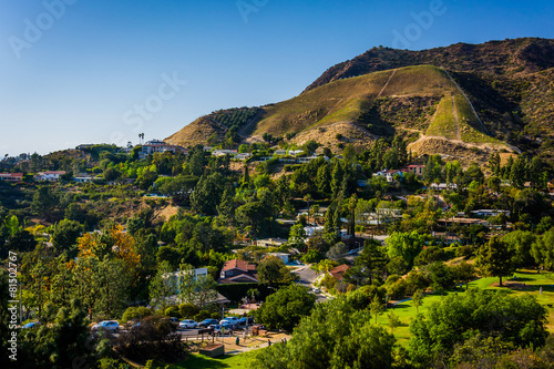 Fotografia View of houses and hills in Hollywood from Canyon Lake Drive in