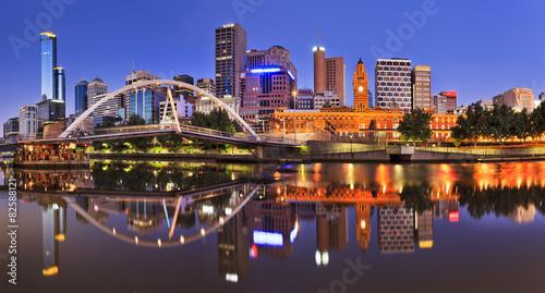 Fototapeta premium Melbourne CBD River Rise