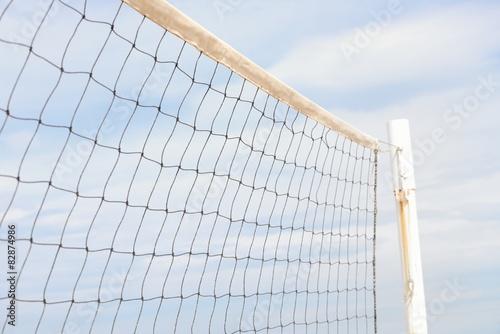 Obraz na plátně Síť na volejbal proti obloze