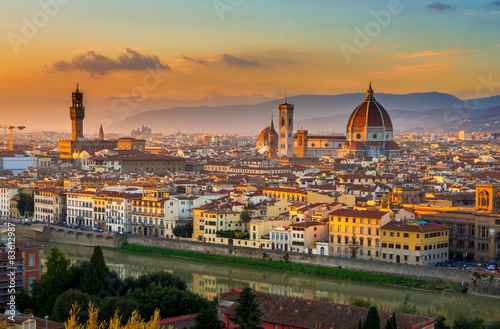 Fototapeta Západ slunce pohled na Florencii a Duomo. Itálie