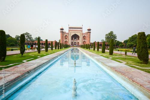 Front gate of the Taj Mahal Fototapeta