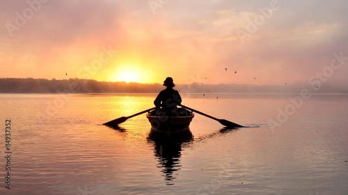 Fotografie, Obraz Лодочник, рассвет, речка