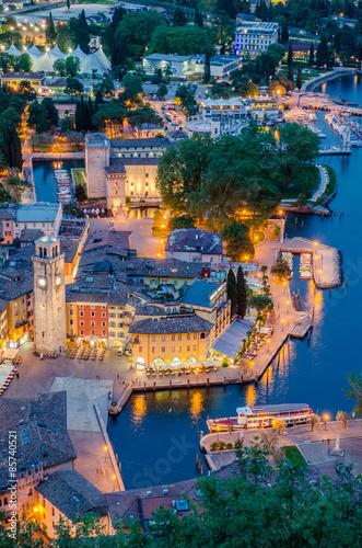 Carta da parati Lake Garda, Town of Riva del Garda, Italy (blue hour)