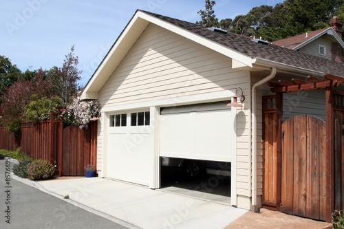 Valokuva Open Garage