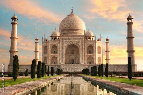 Fotografie, Obraz Der Taj Mahal beim Sonnenaufgang