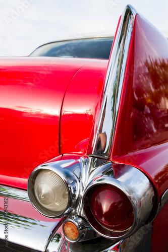 Roter Cadillac
