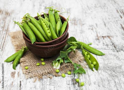 Stampa su Tela Bowl with fresh peas
