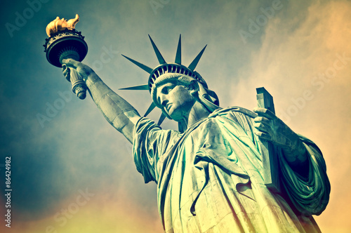 Canvas Print Close up of the statue of liberty, New York City, vintage process