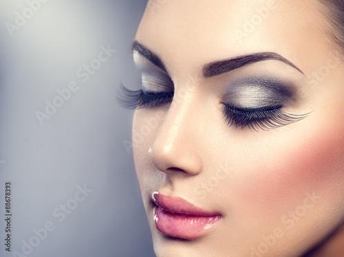 Obraz na płótnie Beautiful fashion luxury makeup. Long eyelashes, perfect skin