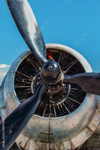 фотография Dakota Douglas C 47 transport engine and propeller close up