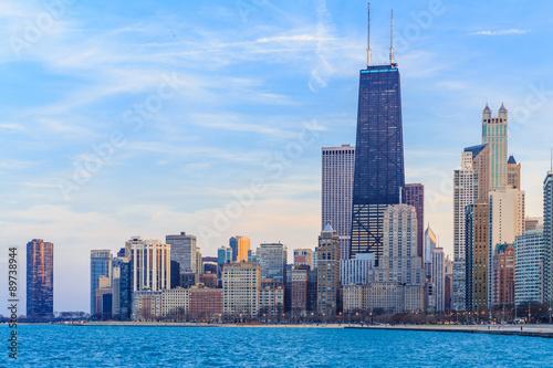 Fotografiet Chicago downtown skyline at dusk.