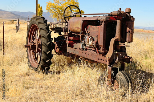 Photo Old Tractor
