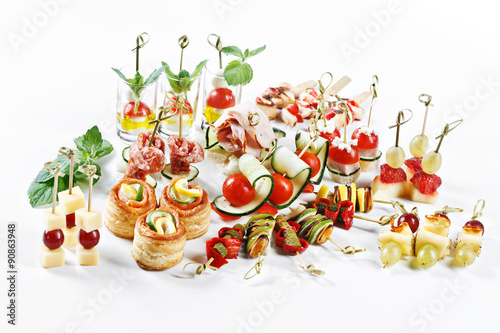 Carta da parati great attractive set of canapes with vegetables, cheese, fruits, berries, salami