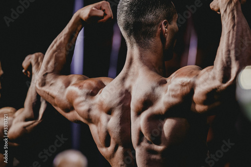 Wallpaper Mural performance athlete bodybuilder to competition