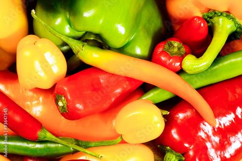 Foto Chili, Peperoni und verschiedene Paprikasorten, Hintergrund-Textur