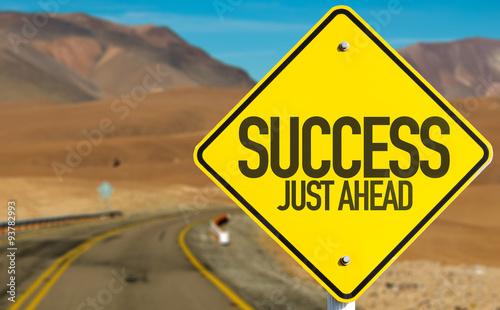 Fotografia, Obraz Success Just Ahead sign on desert road
