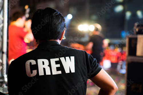 Fotografering Behide Of the concert crew on stage