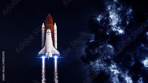 prom-kosmiczny-startujacy-na-misje