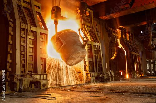 Fotografia Metal smelting furnace in steel mills