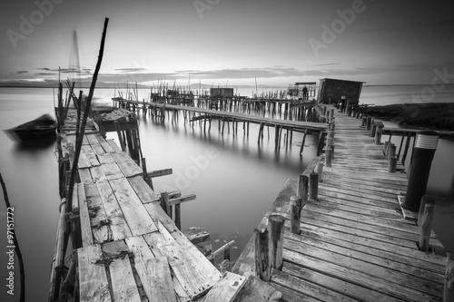 A peaceful ancient pier Fotobehang