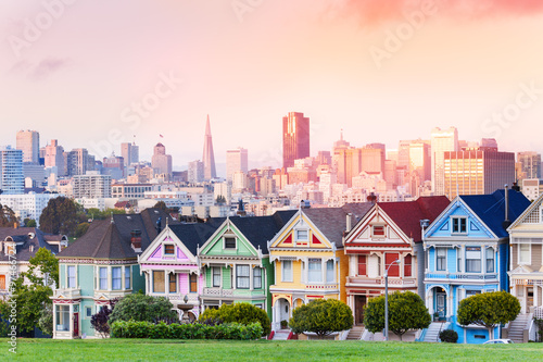 Canvas Print Evening skyline of San Francisco, painted ladies