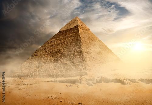 Fototapeta Pyramidy v písku prachu