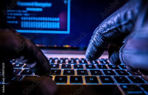 Fotografija Payments System Hacking