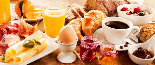 Fotografia, Obraz Breakfast feast on table