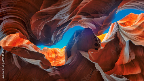 Photo The Magic Antelope Canyon in the Navajo Reservation, Arizona, United States
