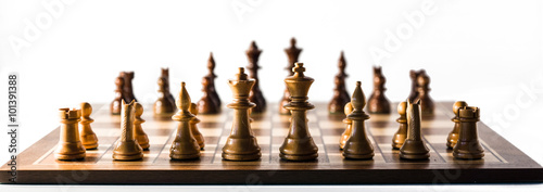 Fotografia chess game made of valuable wood