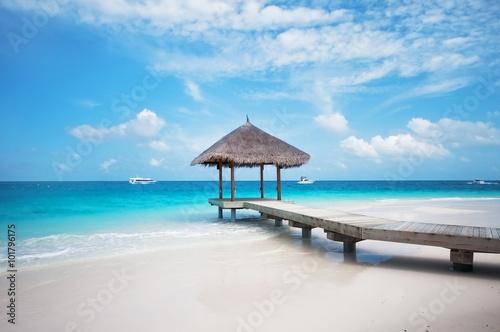 Overwater hut with jetty. Maldives Fototapet