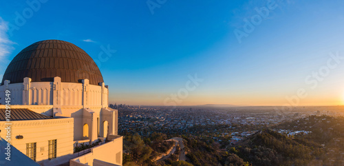 Fotografia Panoramic view of Los Angeles downtown skyline viewed from Griffith Observatory