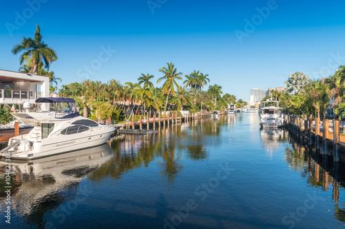 Fototapeta Beautiful canal of Fort Lauderdale, Florida