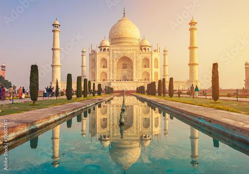 Fototapeta Taj Mahal India, Agra. 7 world wonders. Beautiful Tajmahal trave