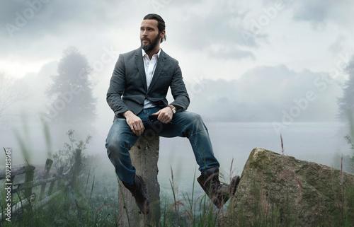 Leinwand Poster Mode im Freien Foto von stilvollen schönen Mann