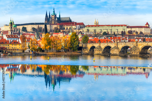 Fotografie, Obraz Prague, Charles Bridge, the Castle and St. Vitus Cathedral.