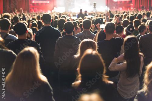 Billede på lærred Audience watching the scene with artists.