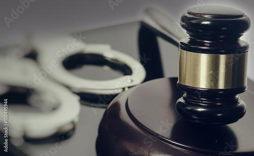 Slika na platnu Legal law concept image - gavel and handcuffs