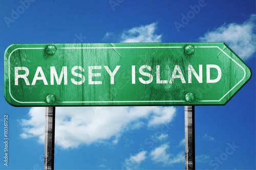 Fotografia Ramsey island, 3D rendering, a vintage green direction sign